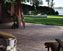 Lafitt™ Patio Slab Collection
